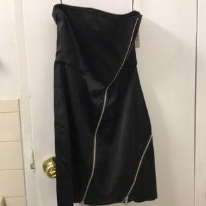 NWT Alice + Olivia zipper bustier dress. Size 2